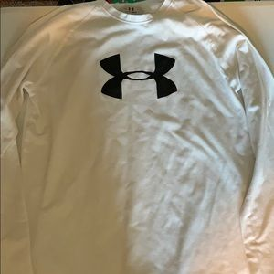 Under armour Boys long sleeve